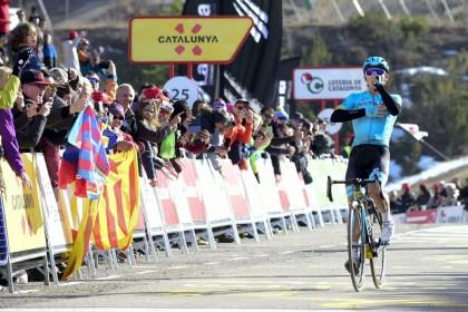 Miguel Ángel López es el nuevo líder de la Volta tras ganar en La Molina