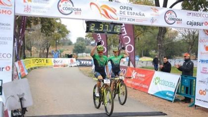 Miguel Múñoz y Lara Lois ganan en Córdoba