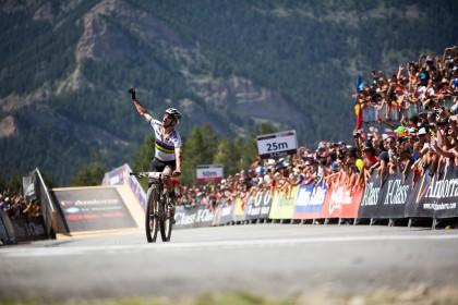 Nino Schurter se lleva la victoria en Vallnord – Pal Arinsal