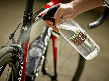 PURE, la gama de productos ecológicos para el mantenimiento de tu bicicleta