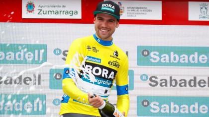 Schachmann se lleva la crono y es el primer líder de la Vuelta al País Vasco