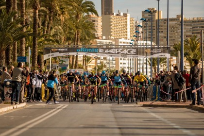 Sebastien Fini y Martin Blums se llevan la Costa Blanca Bike Race