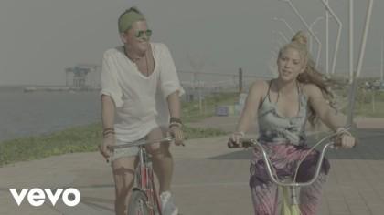 Shakira declara por presunto plagio del tema La Bicicleta