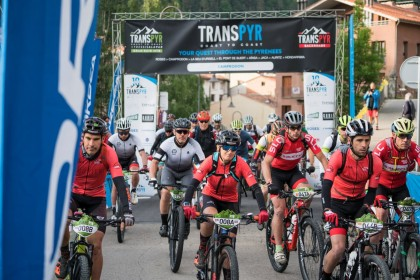 Transpyr Coast to Coast vive una etapa de auténtico Mountain Bike