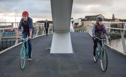 Vídeo: Al trabajo en bicicleta con Endura