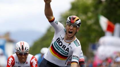Vídeo: El sprint de Pascal Ackermann para lograr su primera victoria en el Giro