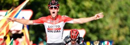 Vídeo: Jelle Wallays gana al sprint la 18 etapa de La Vuelta