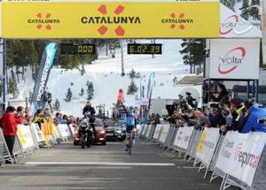 Daniel Martin gana la etapa reina de La Volta