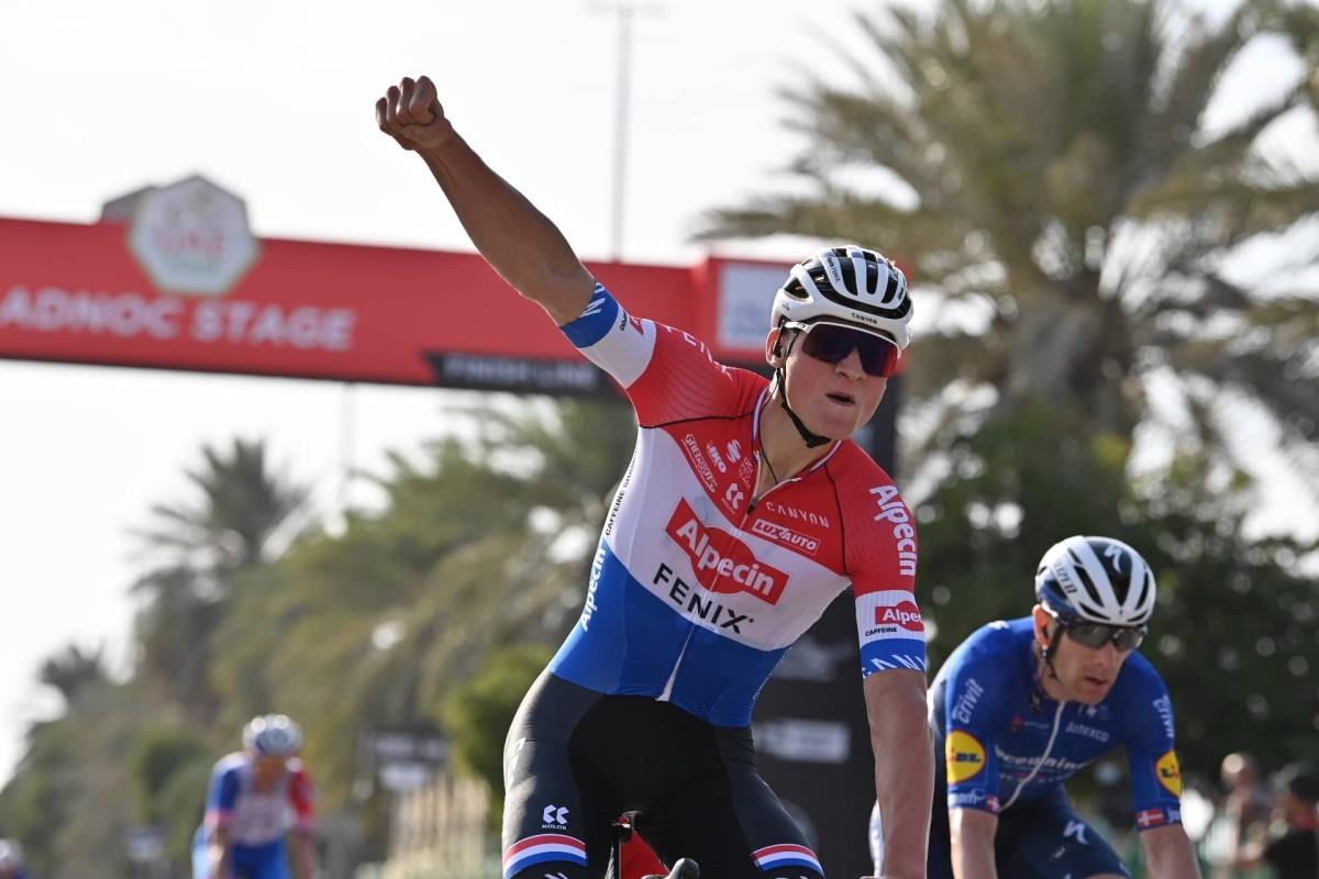 Van der Poel primer líder del UAE Tour 2021