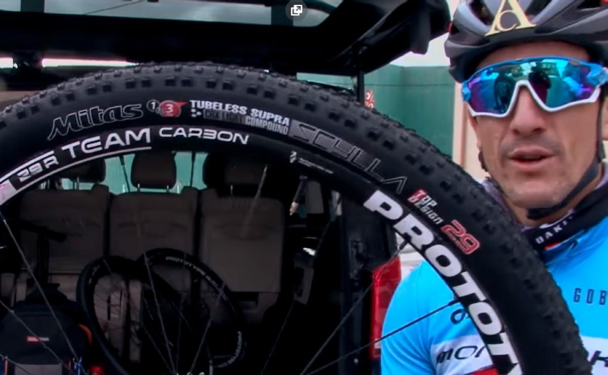 Vídeo: Carlos Coloma presenta los neumáticos Mitas