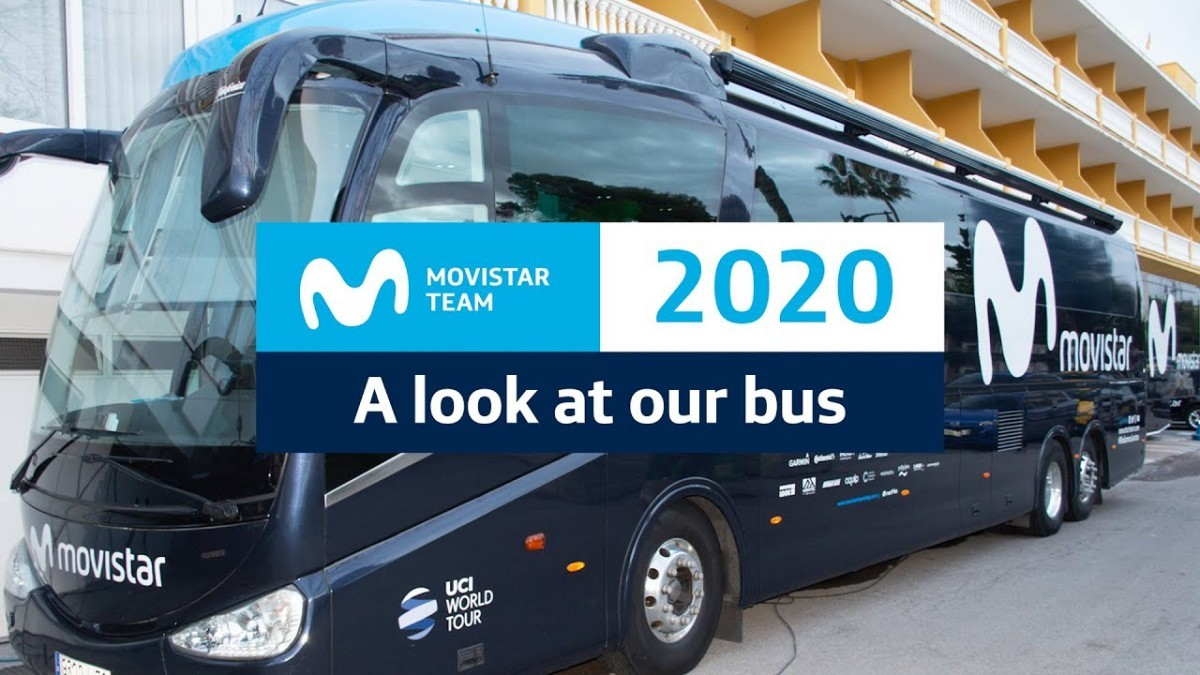 Vídeo: El autobús de Movistar Team desde dentro