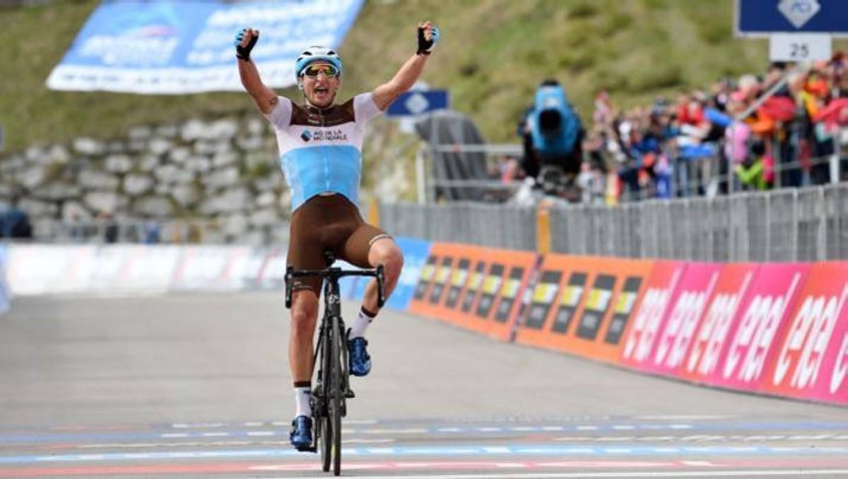 Vídeo Giro de Italia: Nans Peters se lleva la etapa 17