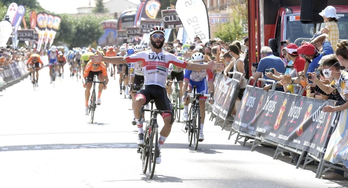 Vuelta a Burgos: Fernando Gaviria tira de potencia para ganar la segunda etapa