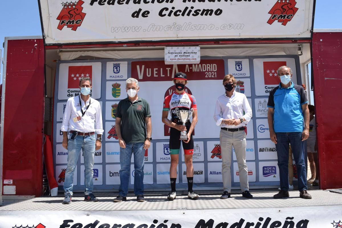 Vuelta Comunidad de Madrid: Elias Maris (Basso Team) gana en Buitrago del Lozoya